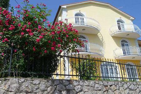 Houses for sale in Primorje-Gorski Kotar County. Luxury villa with sea views in Opatija