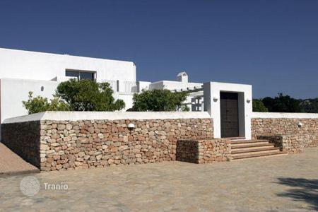 Luxury 3 bedroom houses for sale in Balearic Islands. Beautifully Renovated Country Villa