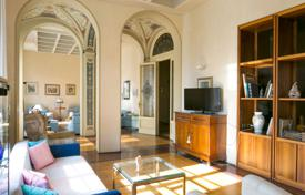 Luxury apartments for sale in Italy. Apartment – Siena, Tuscany, Italy