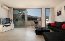 Coastal apartments for sale in Majorca (Mallorca). Furnished apartment with panoramic views, at 100 meters from the beach, in a prestigious district, Pollensa, Spain. High rental potential!