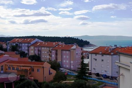 Coastal apartments for sale in Split-Dalmatia County. Two bedroom apartment in center of Makarska