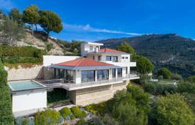 Houses with pools for sale in Èze. Detached house – Èze, Côte d'Azur (French Riviera), France