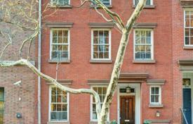 Luxury residential for rent overseas. Greenwich Village Townhouse