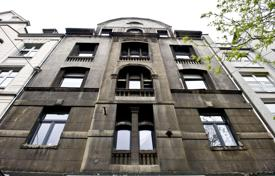 Property for sale in Hessen. Historic apartment house in the heart of Frankfurt