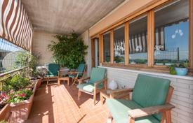 3 bedroom apartments for sale in Rome. Large penthouse in the Insugherata Nature Reserve