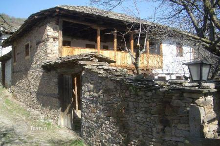 3 bedroom houses for sale in Mountains in Bulgaria. Detached house – Leshten, Blagoevgrad, Bulgaria