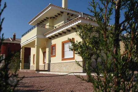 Residential for sale in Aspe. Villa of 2 bedrooms and 2 bathroom with private garden in Aspe
