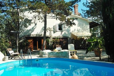 Houses with pools by the sea for sale in Croatia. Townhome – Buzet, Istria County, Croatia