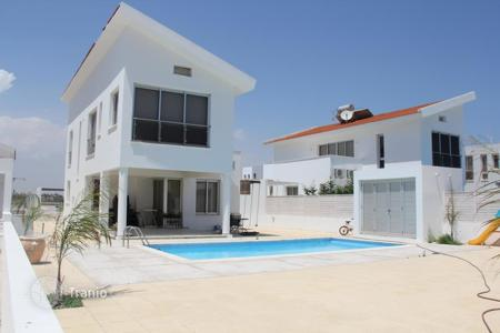 3 bedroom houses by the sea for sale in Larnaca. Villa – Perivolia, Larnaca, Cyprus