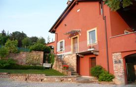 Houses with pools for sale in Piedmont. Luxury villa in Mondovi, Piedmont, Italy