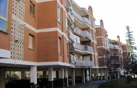 Cheap apartments for sale in Madrid. Apartment – Colmenarejo, Madrid, Spain