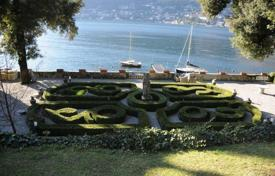 Luxury property for sale in Lombardy. Villa – Lake Como, Lombardy, Italy