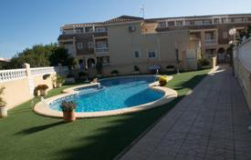 Townhouses for sale in Alicante. Cosy townhouse with a swimming pool and a terrace, Orihuela, Spain