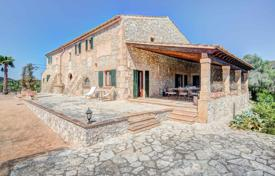 Luxury residential for sale in Majorca (Mallorca). Historic luxury villa with panoramic views, a guest house and a garage, Sant Lloren des Cardassar, Spain