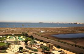 Property for sale in Murcia. 3 bedroom penthouse with jacuzzi and sea views in La Manga