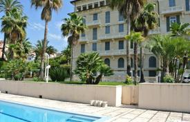 Luxury 2 bedroom apartments for sale in Italy. Luxury apartment in Bordighera, Liguria