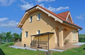 Property for sale in Smarje pri Jelsah. In quite place in Šerovo near city Šmarje pri Jelšah and Podčetrtek we are selling a beautiful house with plot size 9,387 m²