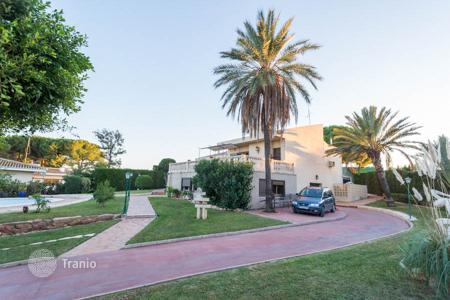 6 bedroom houses for sale in Valencia. Villa – Picassent, Valencia, Spain