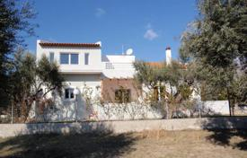Cosy villa with a terrace, sea views and a spacious plot, near the beach, Delphi, Attica, Greece for 260,000 €