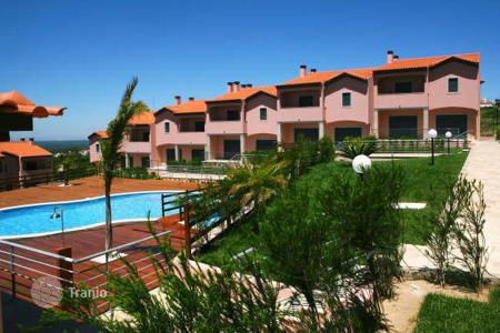 Residential for sale in Setubal. Unique offer — фfully furnished house at a reasonable price in one of the most beautiful resort towns of Portugal