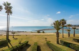 4 bedroom apartments for sale in Spain. South-facing 2nd floor apartment with stunning views over the estuary of the River Guadiaro to Gibraltar and North Africa