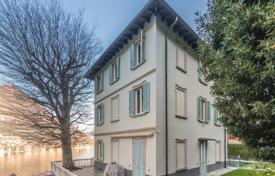 Renovated historic villa with a garden, a swimming pool and a panoramic view of Lake Como, Torno, Italy for 2,300,000 €