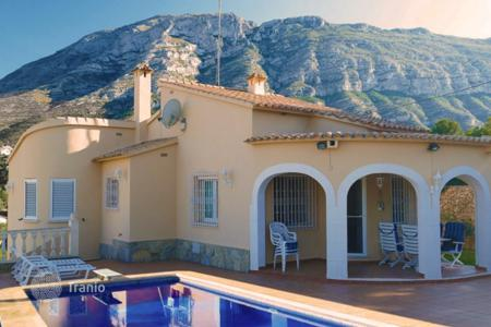 2 bedroom houses for sale in Denia. Villa – Denia, Valencia, Spain