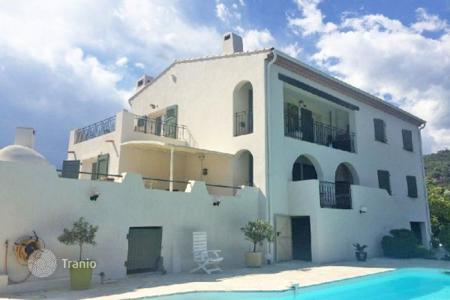 Property for sale in La Roquette-sur-Siagne. Villa - La Roquette-sur-Siagne, Côte d'Azur (French Riviera), France