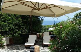 Property for sale in Spotorno. Apartment – Spotorno, Liguria, Italy