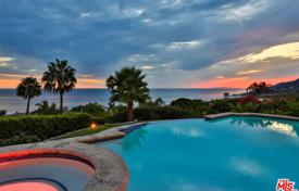 Luxury 6 bedroom houses for sale in North America. Villa – Malibu, California, USA