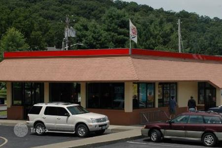 Commercial property for sale in North America. Restaurant in New York state with a 6,6% yield