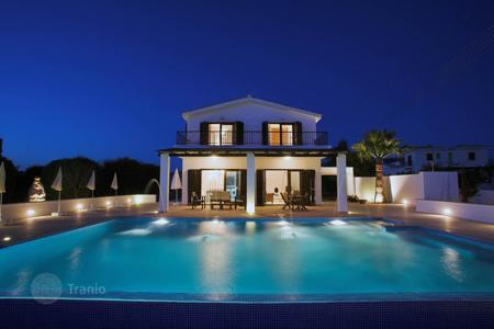 3 bedroom houses by the sea for sale in Paphos. 3 BEDROOM LUXURY VILLA IN CORAL BAY PRICE: €890,000