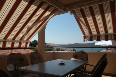 Property for sale in Sibenik. House with apartments
