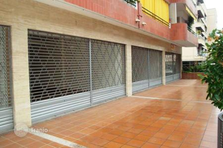 Commercial property for sale in Lloret de Mar. Office building – Lloret de Mar, Catalonia, Spain