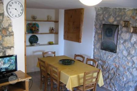 4 bedroom villas and houses to rent in Apulia. Villa – Castro, Apulia, Italy