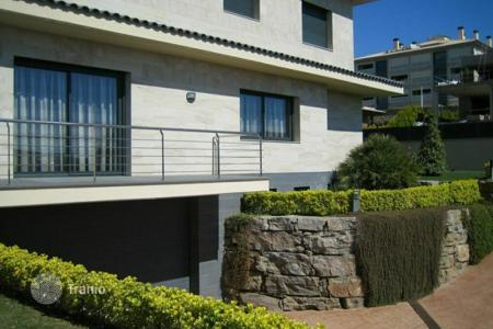 Residential to rent in Gerona. Villa - Lloret de Mar, Catalonia, Spain