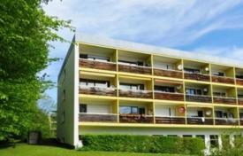 2 bedroom apartments for sale in Bavaria. Forest view apartment in a renovated house, Starnberg, Germany
