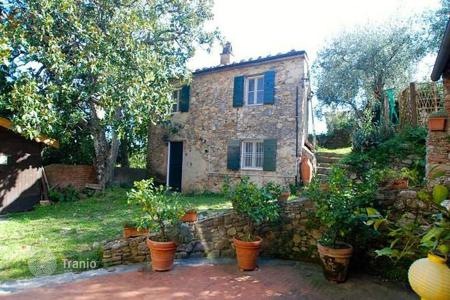 Residential for sale in Buti. Villa – Buti, Tuscany, Italy