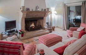4 bedroom villas and houses to rent in Gargas, Vaucluse. Douceur Provencale