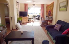 Cheap residential for sale in Mijas. Furnished apartment with a sea view in a residence with a swimming pool, a garden and a parking, close to the beach, Mijas, Spain