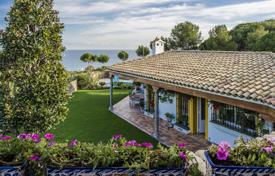 Luxury 4 bedroom houses for sale in Costa del Maresme. Unique villa in Andalusian style with a pool and a garden, close to the beach, Calella, Spain