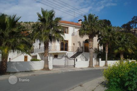Luxury residential for sale in Oroklini. Seven Bedroom Luxury Detached House — Oroklini