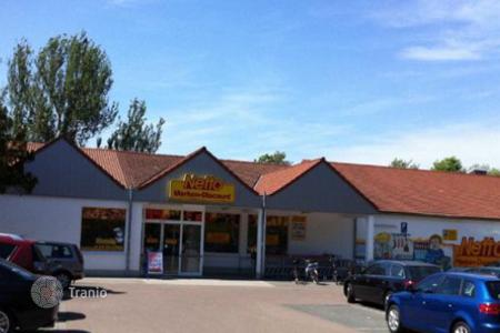 Retail property (street retail) for sale in Germany. Supermarket – Halle, Saxony-Anhalt, Germany