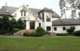 Residential for sale in Baltezers. A luxury mansion near Baltezers Lake (White Lake)…