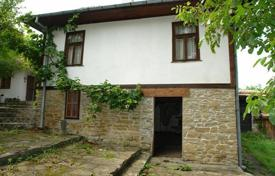 Cheap houses for sale in Gabrovo (city). Townhome – Gabrovo (city), Gabrovo, Bulgaria