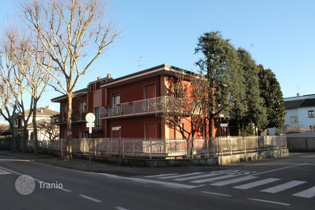 Ready townhouses in Lombardy