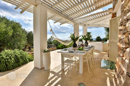 4 bedroom villas and houses to rent in Apulia. Villa – Province of Lecce, Apulia, Italy