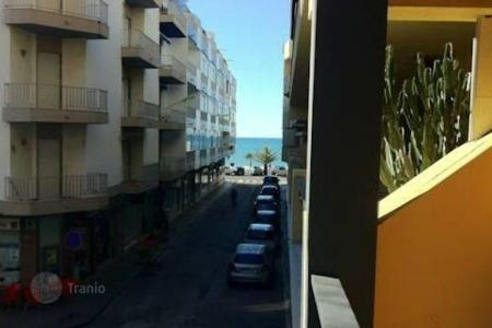 Retail space for sale in Algarve. Shop – Quarteira, Faro, Portugal