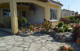 2 bedroom houses for sale in Paphos. 2 Bedroom Raised Bungalow with Garage and Extension, FULL TITLE DEEDS — Chlorakas