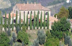 Houses for sale in Ficulle. Magnificent old manor in Ficulle, Umbria, Italy